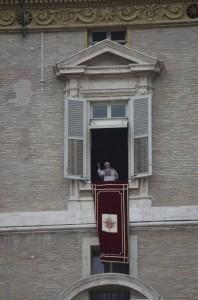 papa benedetto 2