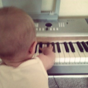Evey at the piano
