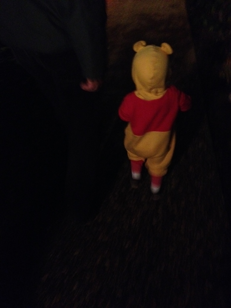 trick or treat Pooh