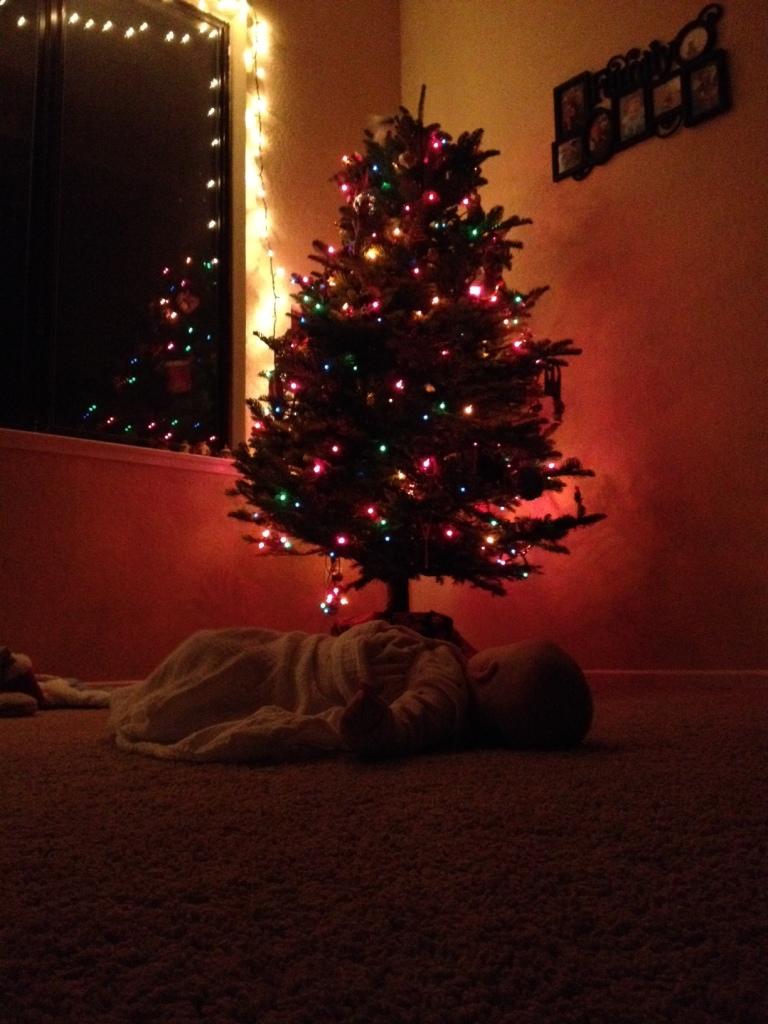 Christmas tree & L