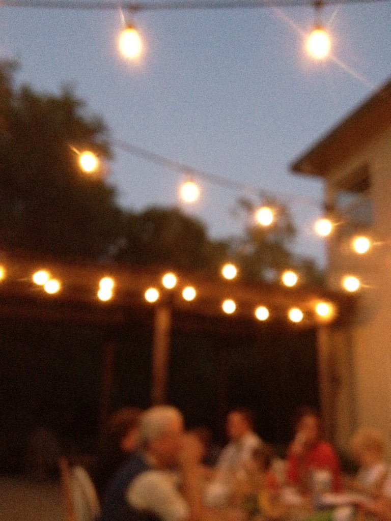 dinner-under-the-lights