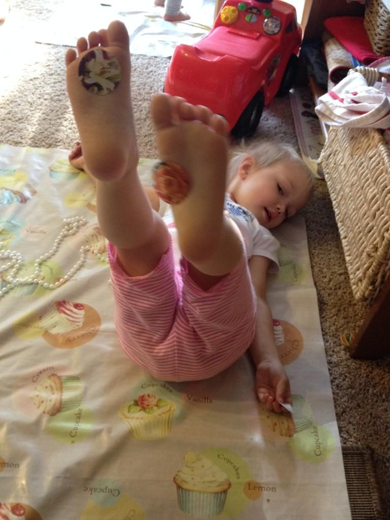 sticker-feet