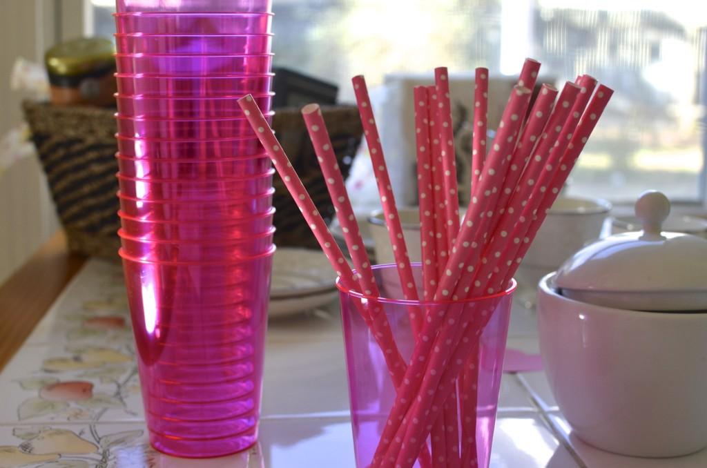 pink-straws