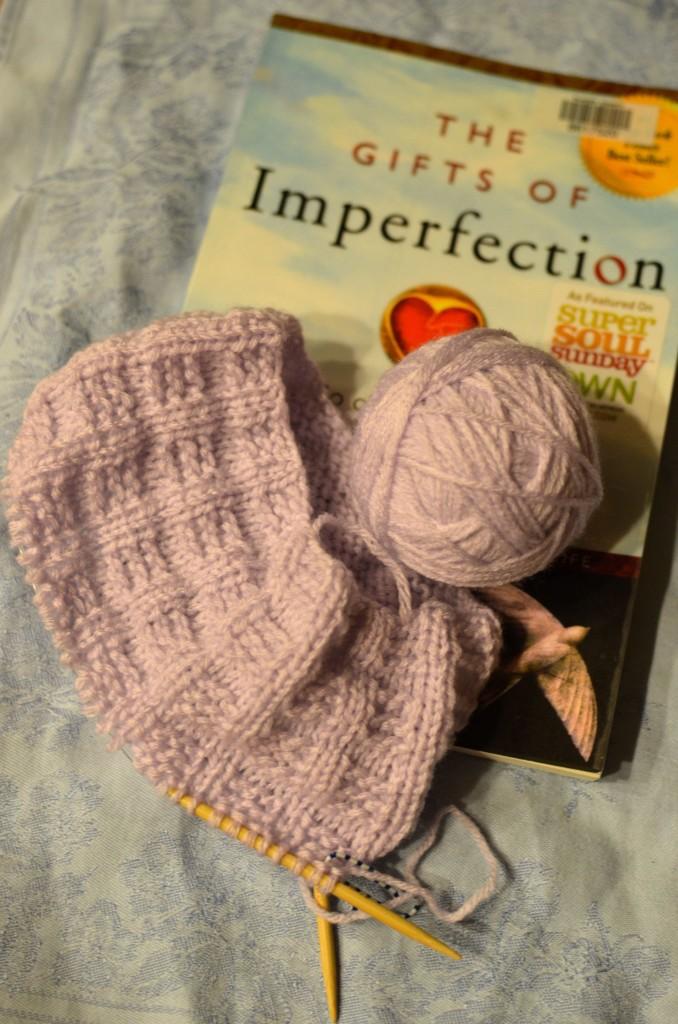 yarn-along-10.7