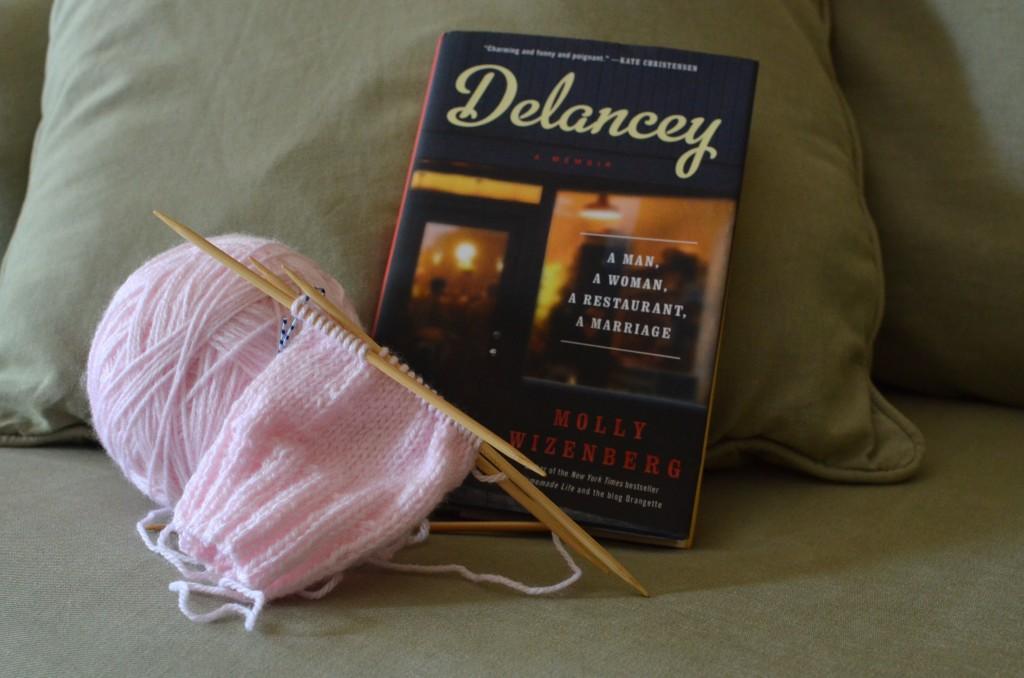 yarn-along-delancey
