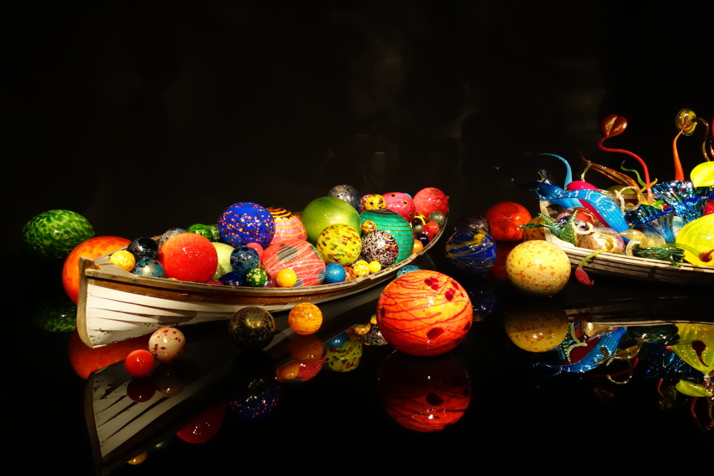 Chihuly boat, Seattle