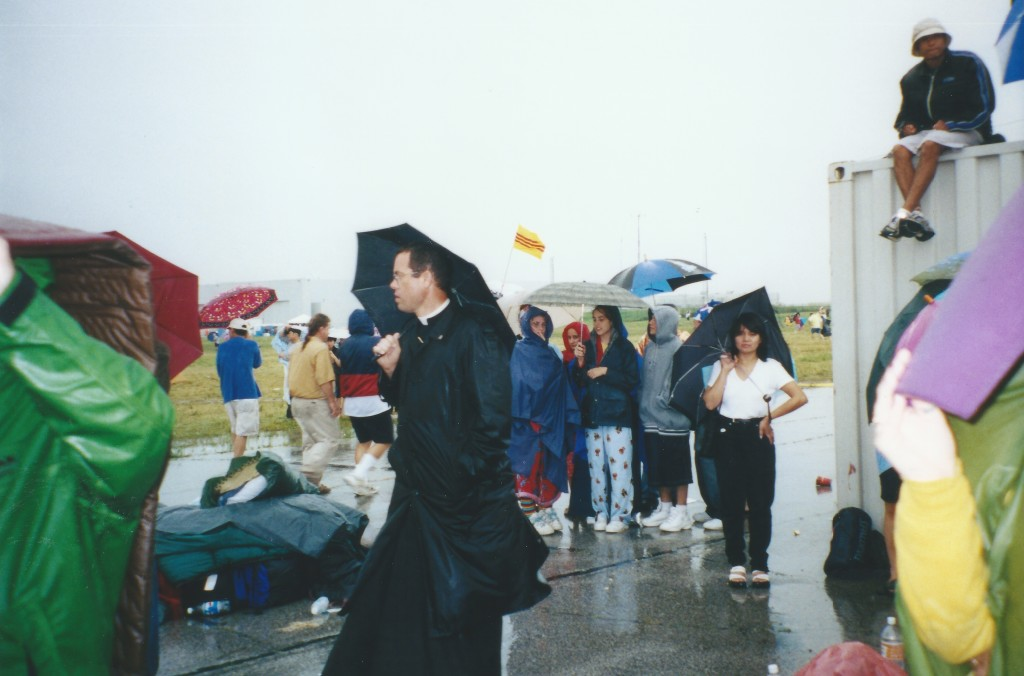 WYD 2002 rainy morning Mass