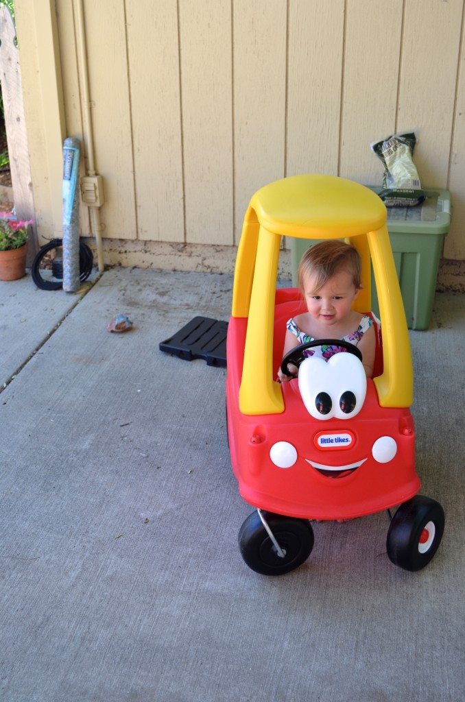 Lucie Little Tikes car