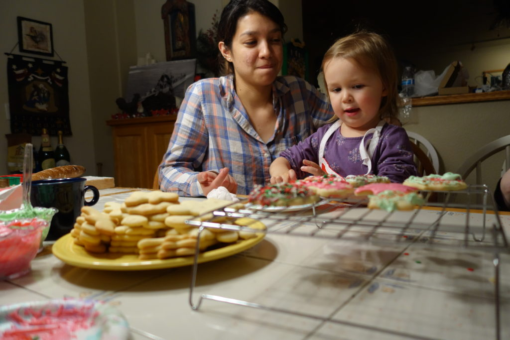 decorating cookies - Dec 2016